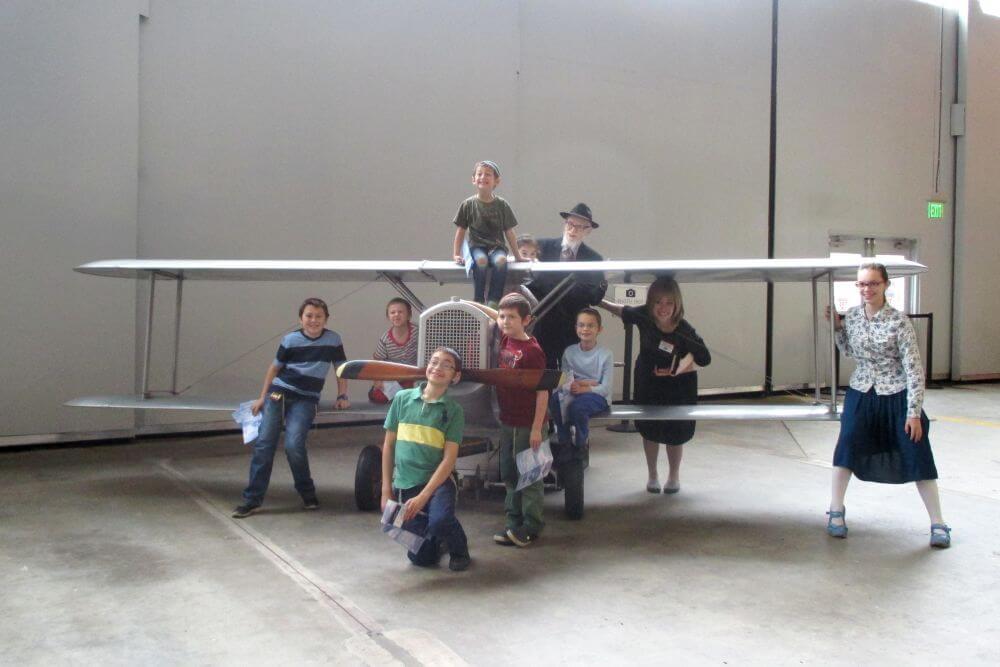 01 Atlanta - Zydie, Baba, & All the Kids at Delta Museum.JPG